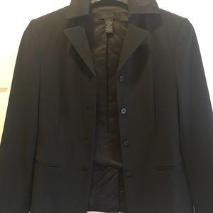 The limited stretch black blazer sz small